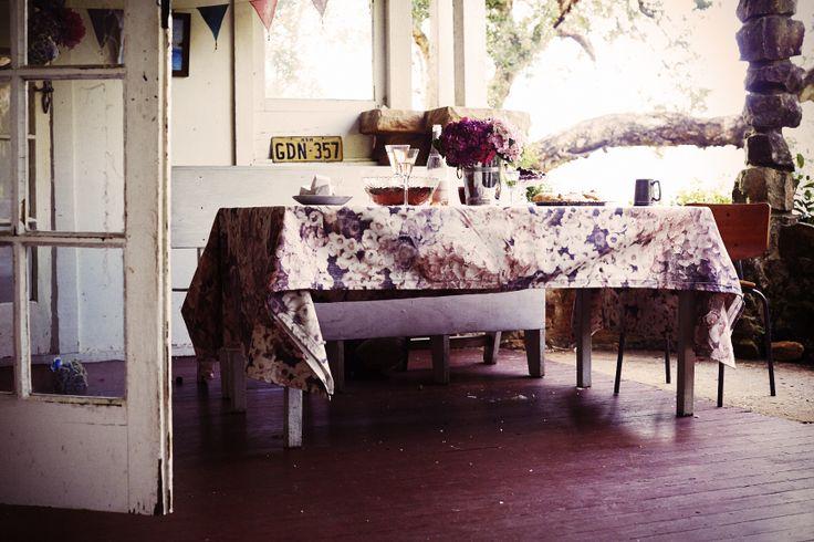FESTIVE LUNCH | TABLE SETTING | FLOWER PATCH THROW | PONY RIDER | XMAS IDEAS | PINKS | HYDRANGEA