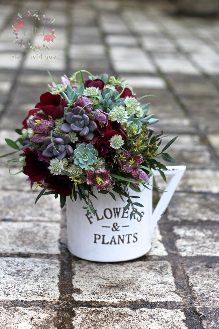 Bouquet de mariée, bordeaux et vert  Succulentes, anémone Bouquet mariage succulente