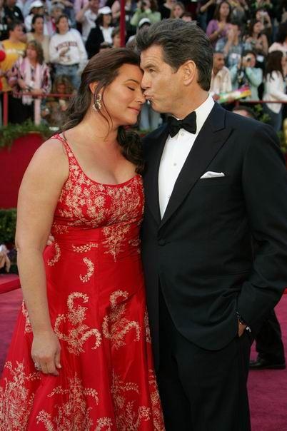 Pierce Brosnan & Keely Shaye Smith Sweet Love