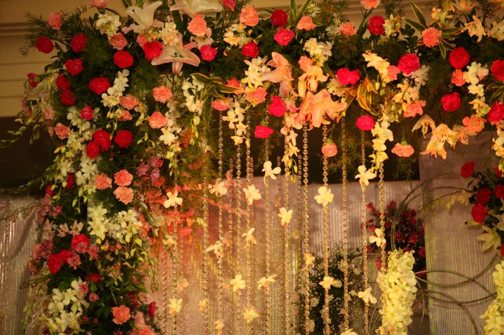 Elegant color combinations, Classic Props, Exotic Flowers -  we creatively put all of these together to get a perfect atmosphere for your wedding. #destinationwedding #Goa #wedding #weddingdecor
