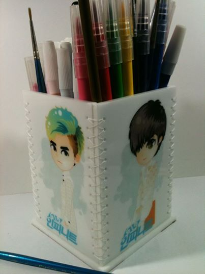 Standing Pencil Box - Experiment Stuff IDR 150.ooo (17 USD)