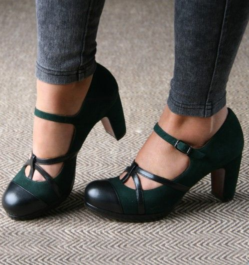 JASPER :: SHOES :: CHIE MIHARA - If I ever strike it rich, I will spend huge amounts of my money here and at Williams Sonoma. I will stand in my fabulous kitchen, in my fabulous shoes, making fabulous food all day. In a parallel universe this is already happening.