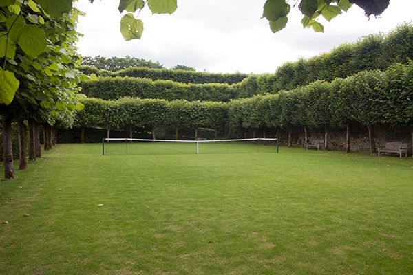 hornbeam edged tennis court?  What could be more chic?