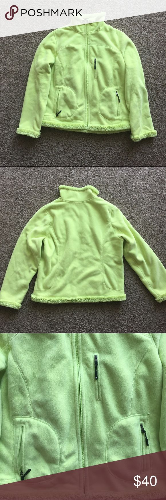 """Green Tea lime green shearling Faux fur lined coat Green tea fur lined coat Sz large lime green cozy warm winter  Pit to pit:22"""" Length: 24""""  Sleeve length :24"""" green tea Jackets & Coats"""