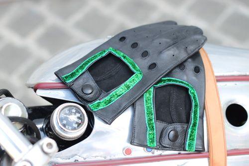 Je les veux !!! Ces gants pour bikeuses chics by Chic Factory by C. Découvre http://lc.cx/ZwS8