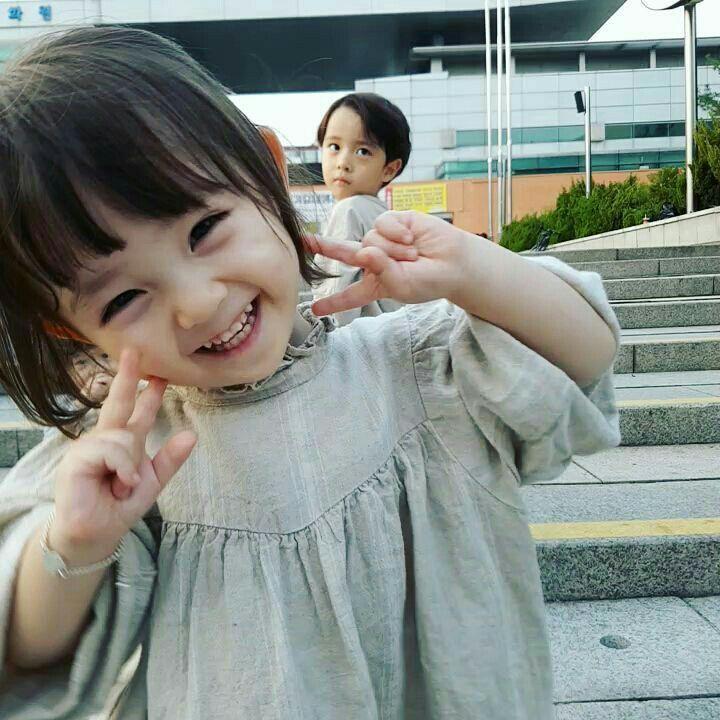 you as kpop idol di 2020   Gambar bayi, Gadis kecil cantik ...