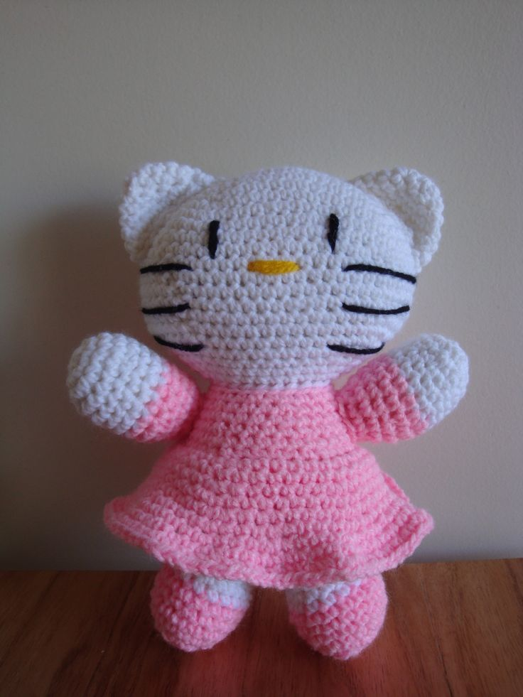 Hello Kitty - Amigurumis a crochet