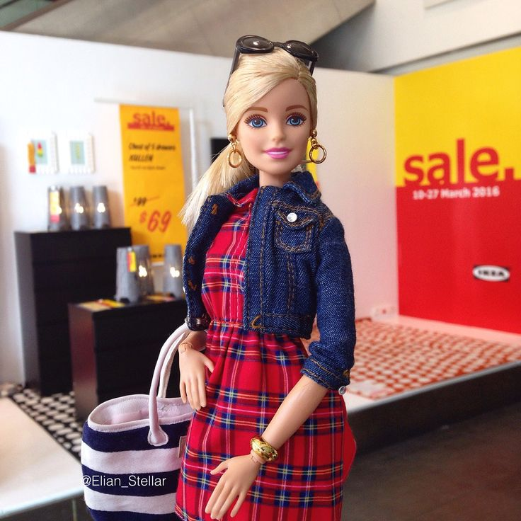 https://flic.kr/p/F4Yjd2 | Shopping Spree with Barbie made to move fashion doll
