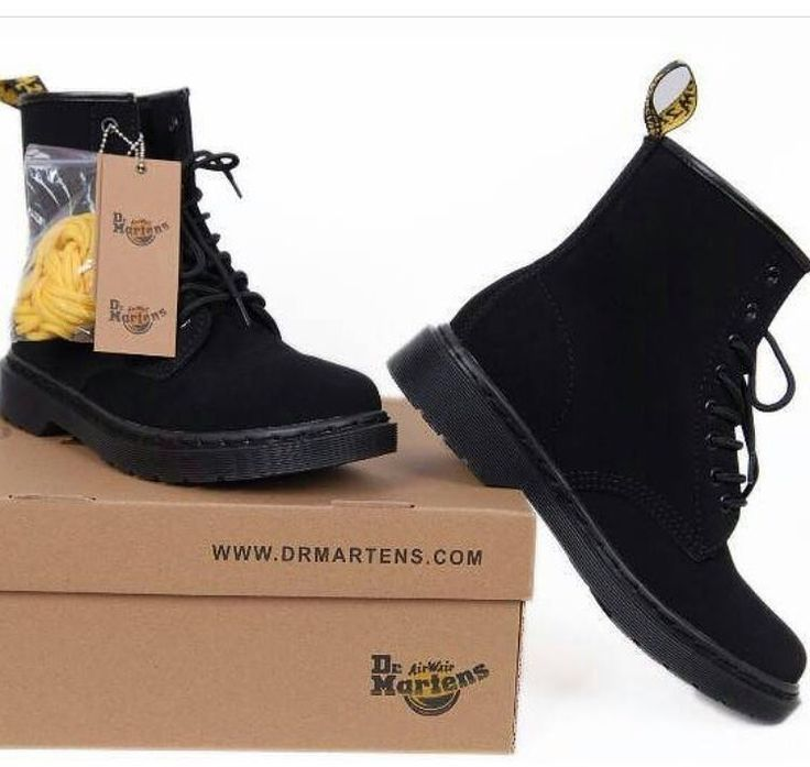 DR MARTENS Numeri disponibili dal 36 al 44  PREZZO SPECIALE 80 Spedizione tracciabile in tutto il mondo  ORDINA SUBITO SU DIRECT O WHATSAPP (num in Bio)  #drmartens #boots #shoesfashion #shoesoftheday #flatshoes #shoesaddict #iloveshoes #fashionshoes #shoelover #highheelshoes #trendy #designershoes #shoeswag #sneakersaddict #shoeslover #alwaysontime #qualitytime #photography #followme #buongiorno #shop #sfumature #goodmorning #girl #pic #colors #instamood #shoponline #shopping