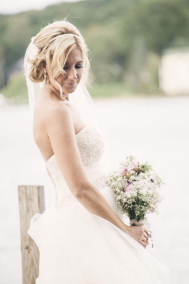 44 best Vestidos De Noiva images on Pinterest   Homecoming dresses ...