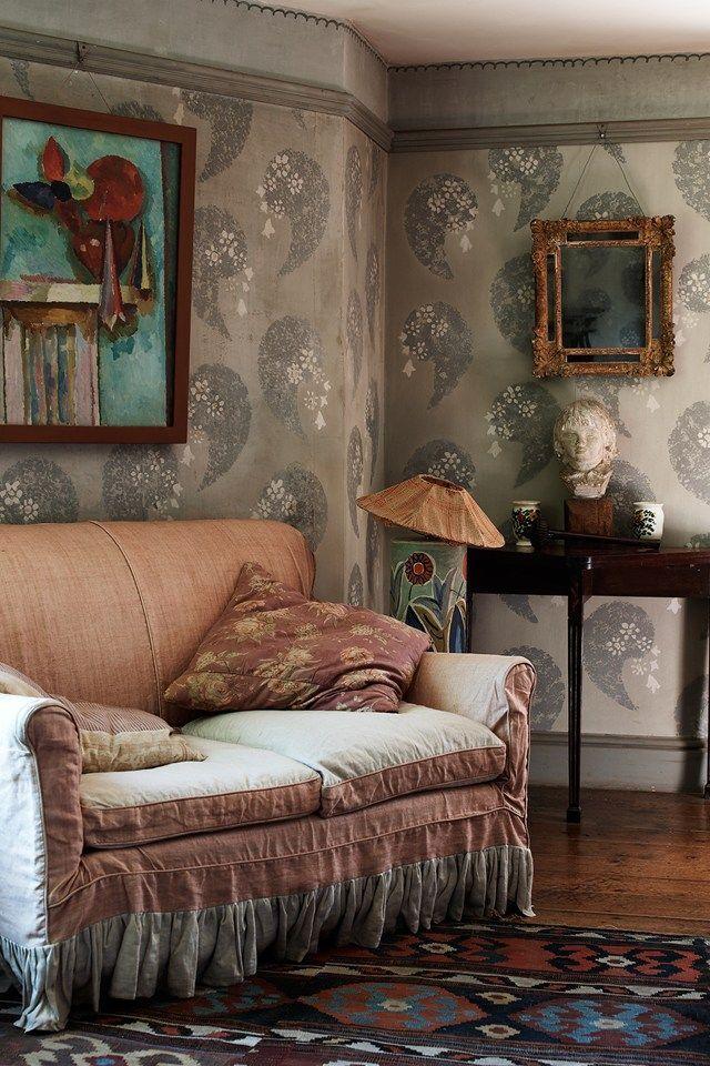 Bilderesultat for vanessa bell interior decoration