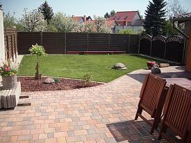 Cool Gestaltung kleiner Garten Hallo unser Garten ist ca qm gro oder klein Letztes Jahr haben wir erstmal Rasen ges t