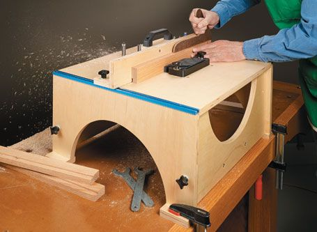 Folding Router Table from Woodsmith Plans transforms from a briefcase-sized package into a full ...