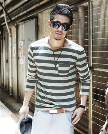 Small Pockets Round Collar Stripes Long Sleeve Cotton Men T Shirts