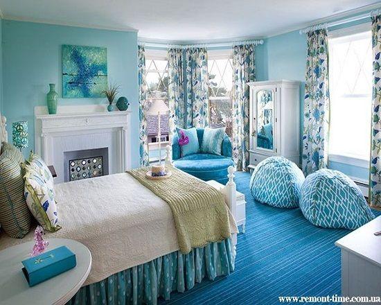 Комната для девочки в бирюзовых тонах