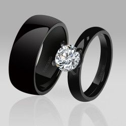High Quality  Black Wedding/ Engagement Rings Black Ring Solitaire Style White Cubic Zirconia Designed Couple Rings