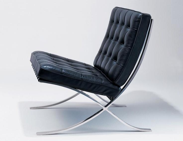 Moderna, elegante, atemporal. Así es la Silla Barcelona de Mies van der Rohe.