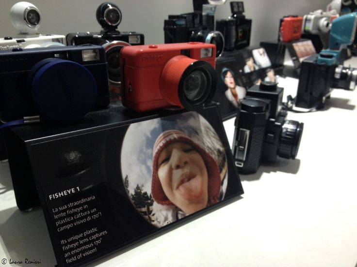 Lomography  via Mercato 3, Milano  http://www.shoppingroutes.it/