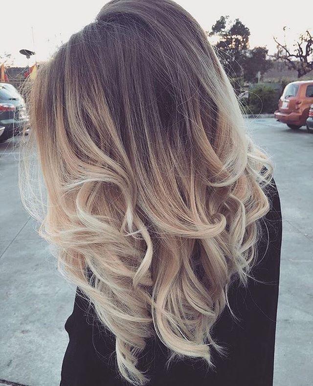 Blonde ombré hair #haircolor