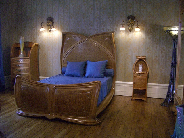 85 best images about fin de siecle furniture on pinterest for Chambre a coucher yvette