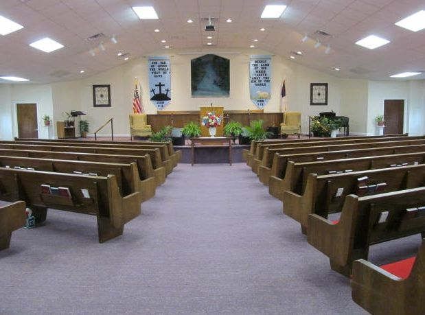 Pictures Of Church Sanctuary Walls That Are Decorated Image
