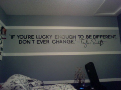 What a neat idea for a quote on bedroom wall!!!