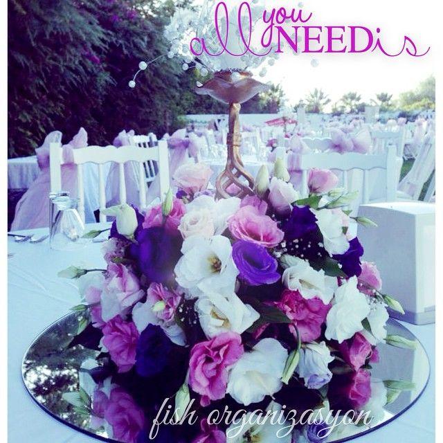 İhtiyacınız olan her şey için fish organizasyon... #düğün #düğünfikirleri #wedding #weddingideas #designyourday #aranjman #ayna #pembe #mor #allyouneedis #fishorg #event #fishorganizasyon #organizasyon #savethedate #nikah #nişan #kınagecesi #gelin #damat #bride #groom #özelgün