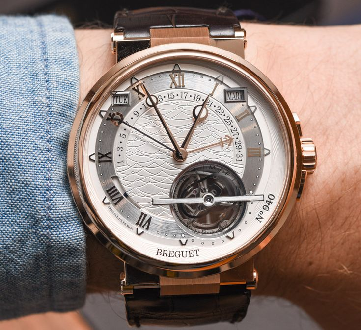 The Breguet Marine Équation Marchante 5887 has a running equation of time display. Interested in what that means? Read our full hands-on.