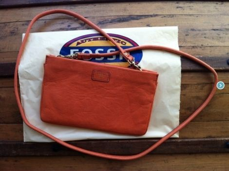FOSSIL Sacs à main en cuir http://www.videdressing.com/sacs-a-main-en-cuir/fossil/p-2918944.html?&utm_medium=social_network&utm_campaign=FR_femme_sacs_sacs_en_cuir_2918944