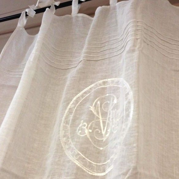 les 67 meilleures images du tableau rideaux brise bise sur pinterest rideaux brise bise. Black Bedroom Furniture Sets. Home Design Ideas