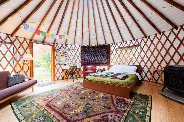 Entire home/apt in Boise, US. The 36th Street Urban yurt nestled in a .36 acre garden oasis. 20' yurt has wood floors, electricity, venting skylight, & gas stove. Bathroom w/clawfoot tub/shower located in detached shop. Outdoor kitchen w/dishes & gas BBQ, pergola & outdoor fir...