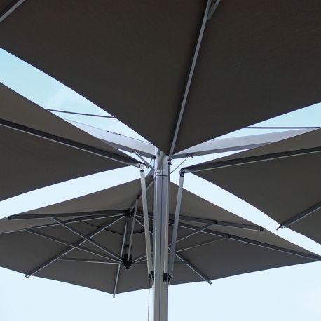 Quadruplo - Quadruple Parasol Déporté Pied Central Usage Professionnel par Fim