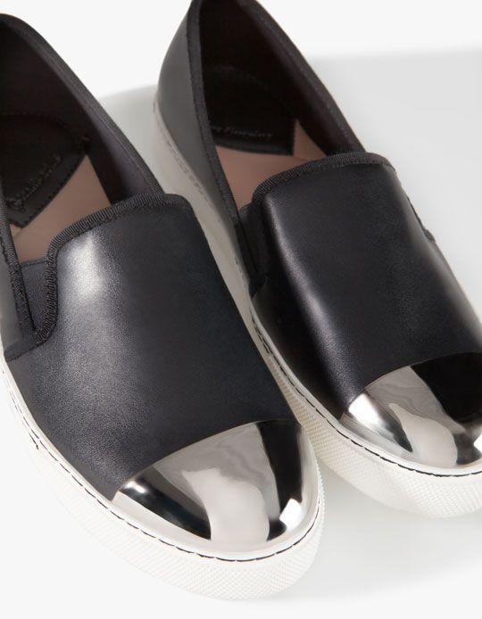 fekete slip on cipő