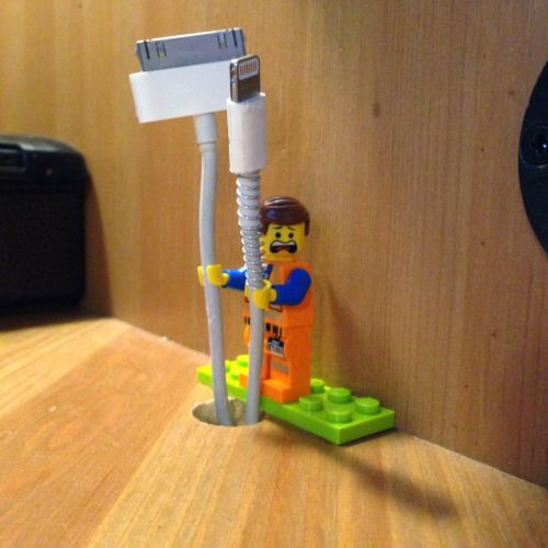 LEGO Minifig as Cable Holder: Every Cord is Awesome ~ Modernistic Design How AWESOME (Sorry, I could not resist!) is this idea to use Lego figures to hold smaller cables? I think very awesome. Apparently, all you need is some Sugru Hardware compound (which sounds like some super neat-o stuff) and some Lego people to make your desk space a little more Awesome!