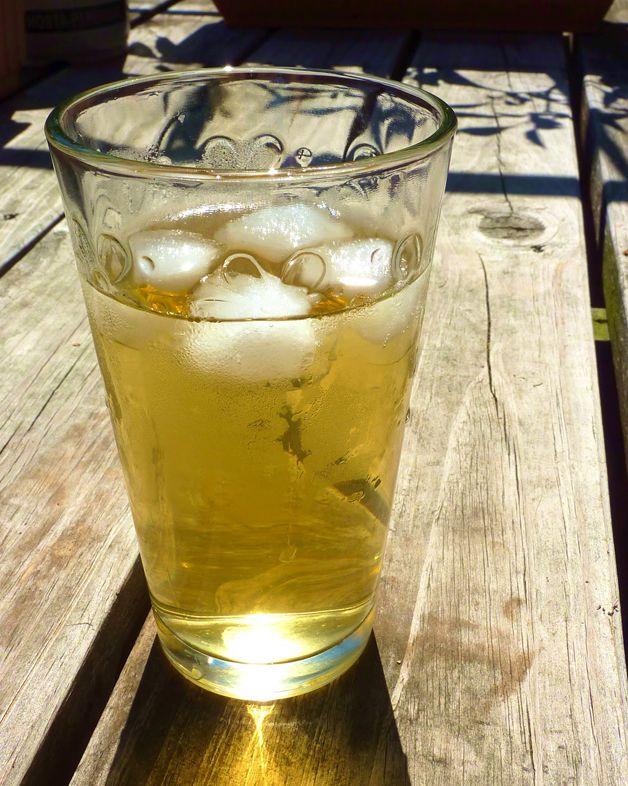 5 Bebidas Não Alcoólicas para Refrescar o Verão