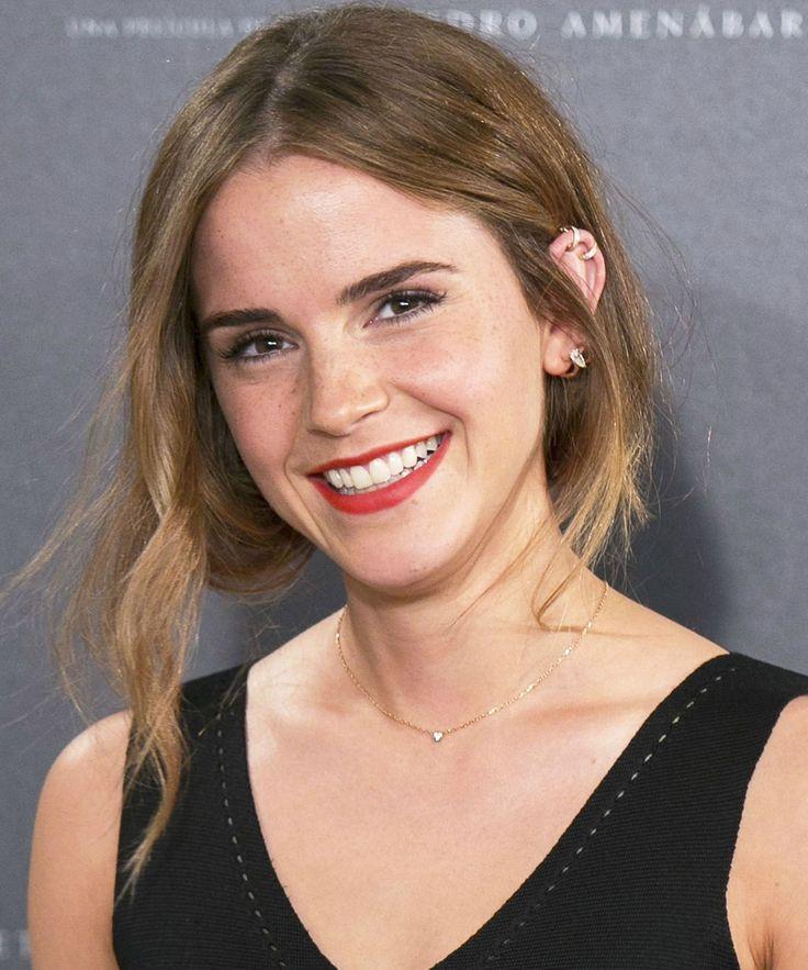Emma Watson Bangs Haircut | Emma Watson got wispy bangs and you've got to see them. #refinery29 http://www.refinery29.com/2016/02/102767/emma-watson-bangs