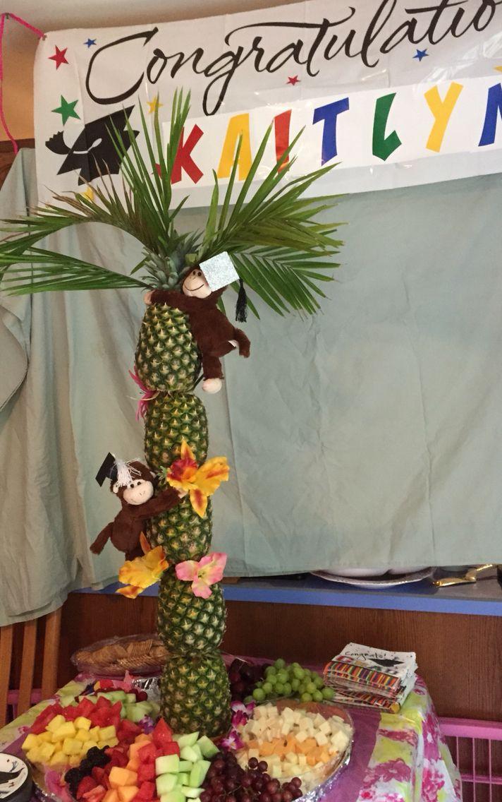 Graduation pineapple tree centerpiece creative ideas