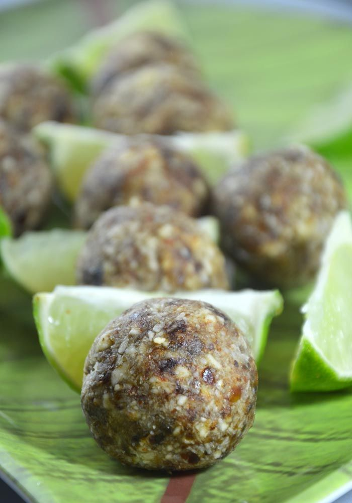 Vegan Lime & Coconut Energy Bites: Ready in 5 minutes, refined-sugar free, gluten-free, refreshing and delicious!