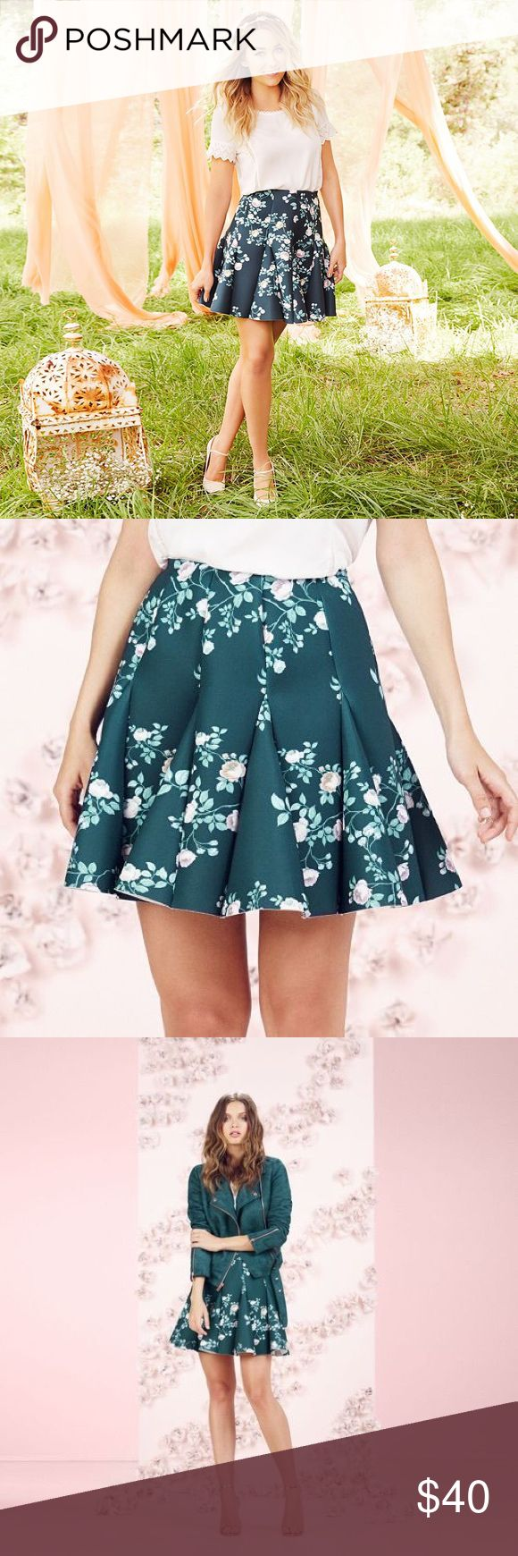 "LAUREN CONRAD Runway Collection Green Scuba Skirt NWT LC LAUREN CONRAD Runway Collection green soft floral pattern and flirty godet design will give a gorgeous look with a touch of whimsy!  *Romantic Floral Print Stretchy scuba construction Unlined Approx: length 18"", (Size 8 Waist 26""), (Size 10 Waist 28""), (Size 12 Waist 30""), (Size 18 Waist 36"") Back zipper w/hook & eye closure Polyester/spandex Machine wash  *Bundle Discounts * No Trades * Smoke free LC Lauren Conrad Skirts Circle…"