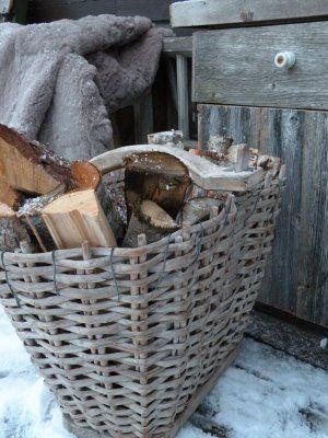 ✼ ✼ ✼ ✼ Winter: houtblokken....