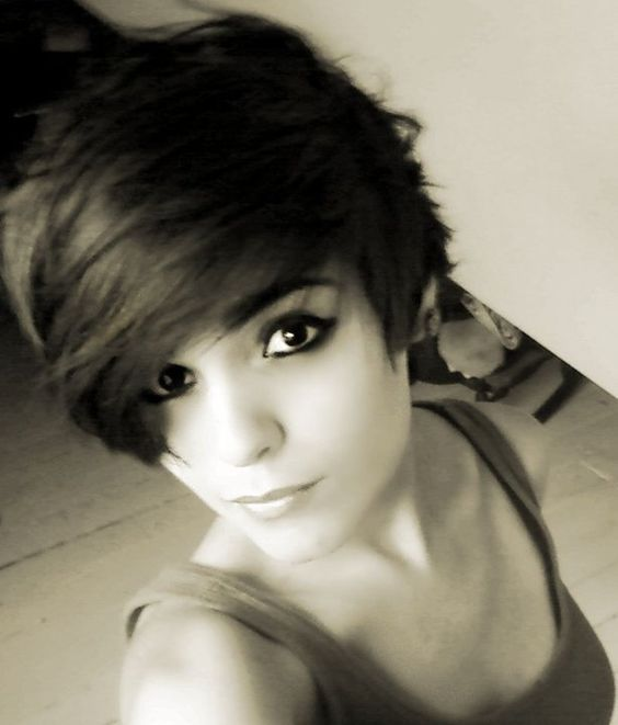how to style a punk pixie cut