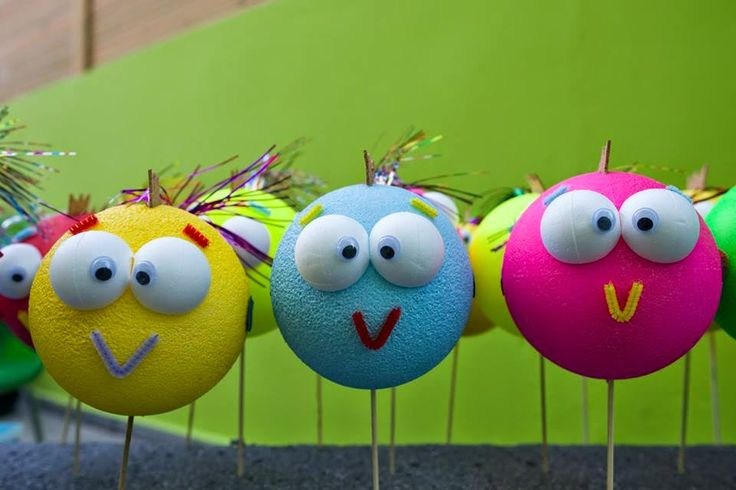 Little bubble fishes! Learn how to make them. Visit our blog www.koyklotheatro.blogspot.gr