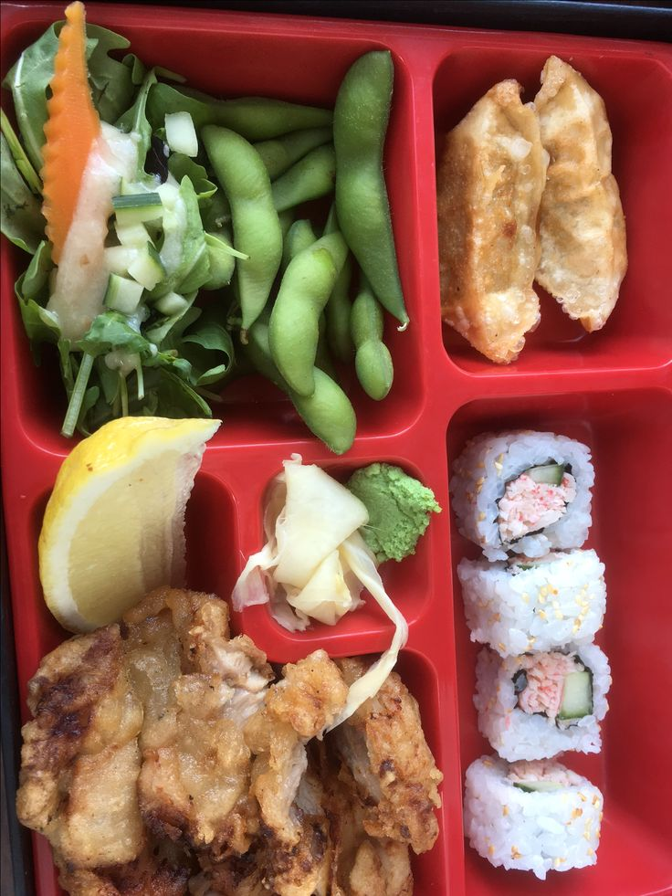 quickie japanese lunch at J2! #bento #japanese #japanesefood #asian #asianfood #yummy