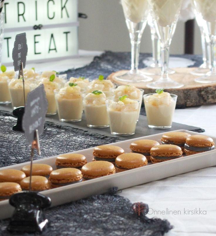 Liqourice macarons for Halloween