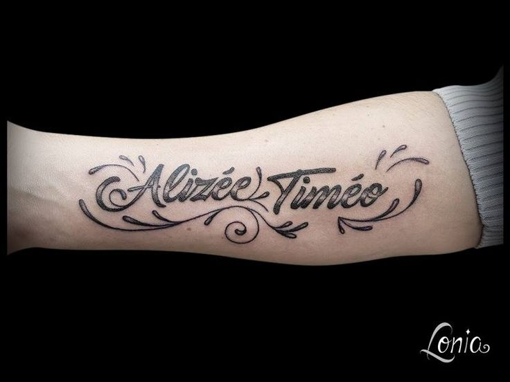 Tatouage prenom avant bras interieur 28 images tout - Modele tatouage prenom avant bras ...