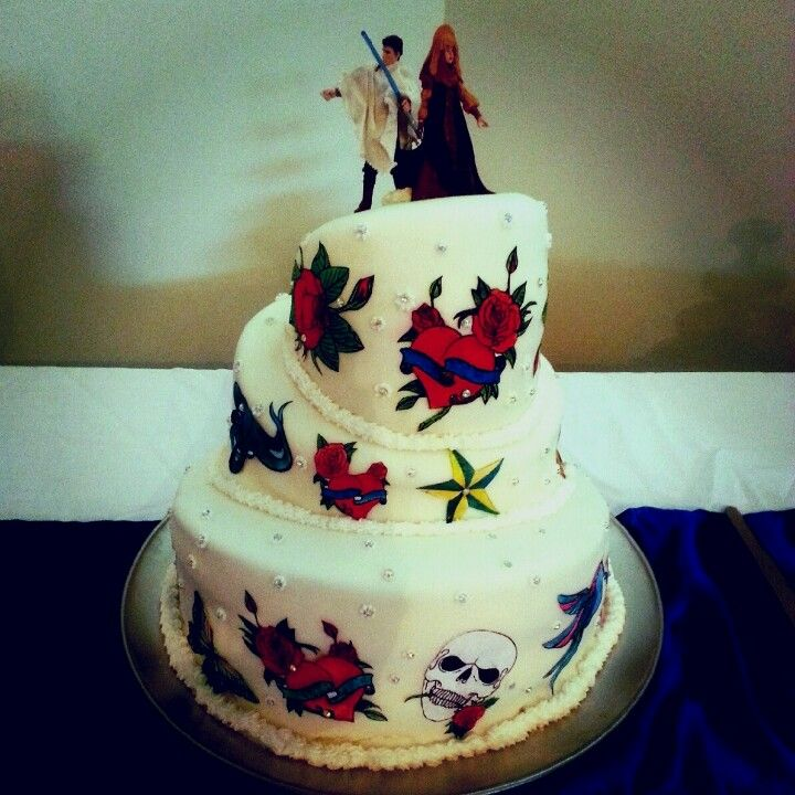 Star War Unique Wedding Cake: Star Wars Toppers On A Topsy Turvy Tattoo Wedding Cake For