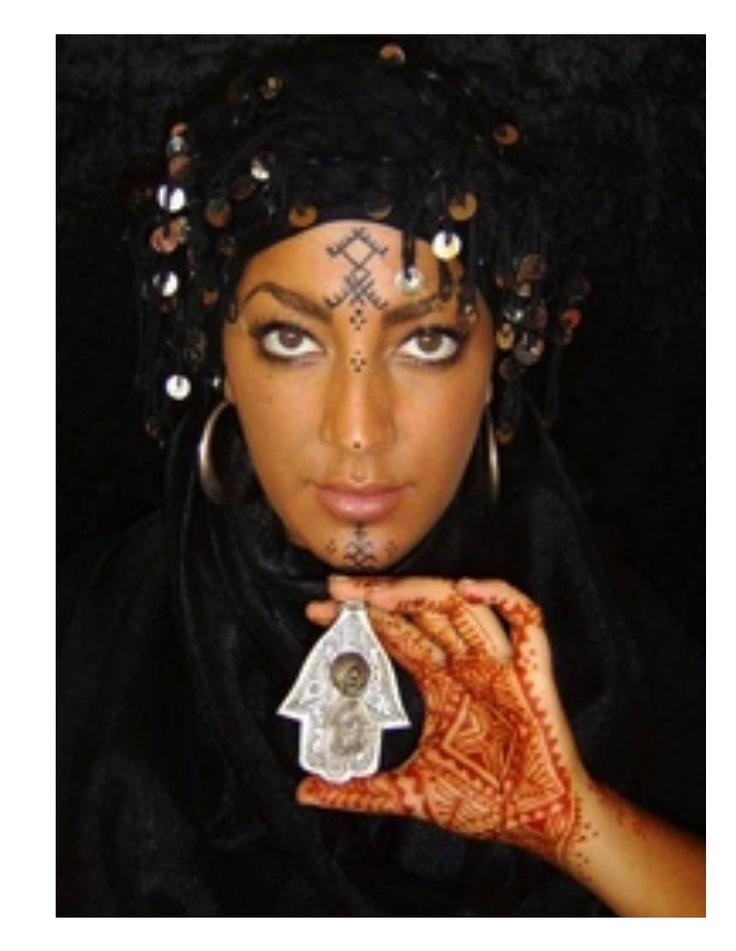 129 Best Hamsa Or Hand Of Fatima Images On Pinterest Fatima Hand Hamsa Hand And Jewish Art