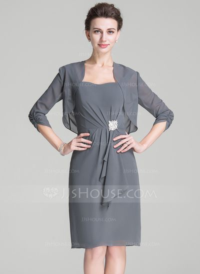 Sheath/Column Sweetheart Knee-Length Chiffon Mother of the Bride Dress With Crystal Brooch Cascading Ruffles (008072698)