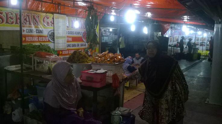 Penjual Kuliner Malioboro