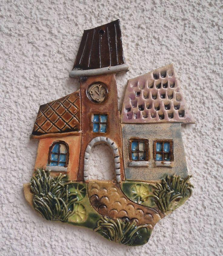 Radnice keramický kachel k zavěšení na zeď, výška 21 cm, šířka 16 cm